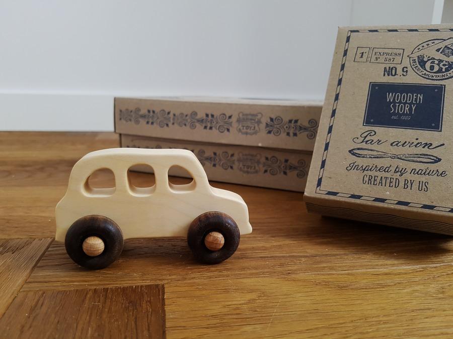 drewniany samochodzik wooden story