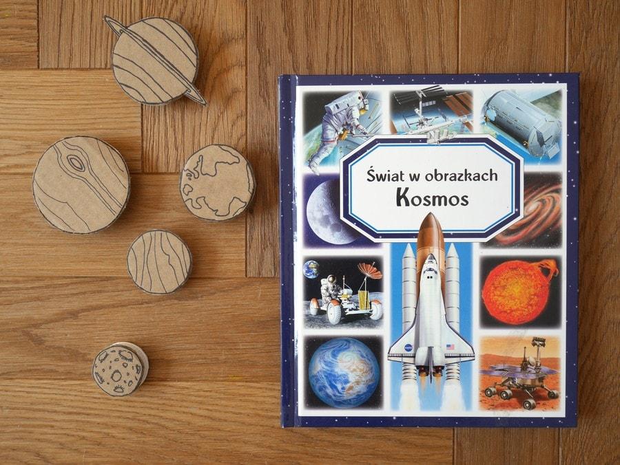świat w obrazkach kosmos - książki o kosmosie dla dzieci